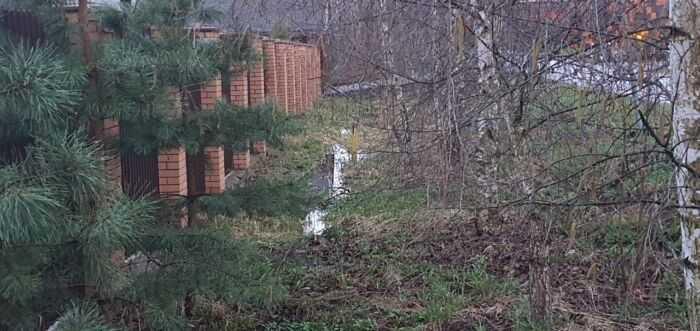 отсутствие ливневой канализации вдоль проезжей части