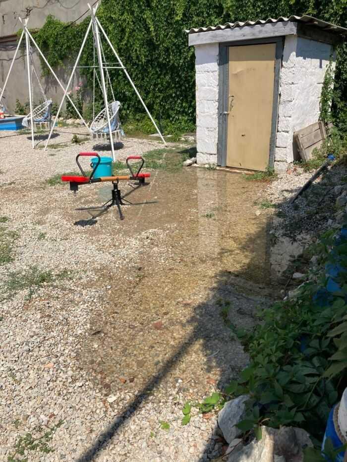 затопило двор