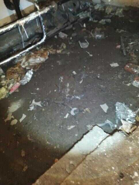 Затопленная и заваленная мусором секция